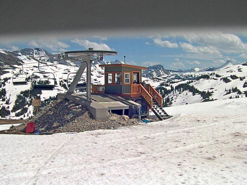 Wawa Lift Top (2,330m / 7,644ft)